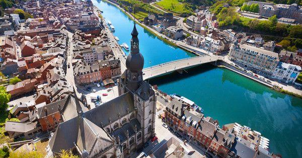 Pont Charles de Gaulle bridge over Meuse river in Dinant, Belgium (photo: Sergey Novikov/Shutterstock)