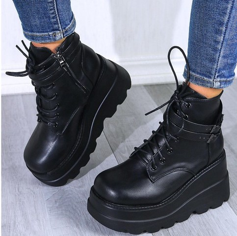 Trendy Black Platform Side Zip Boots from KoKo Fashion Trendy Outfits