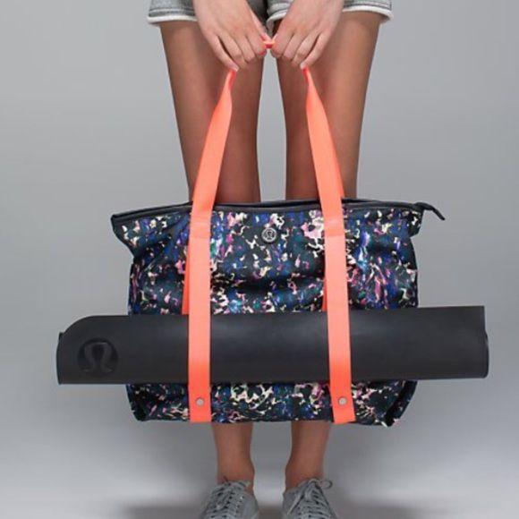 Lululemon Summer Lovin Tote Yoga Mat Towel Yoga Bag Yoga Mat