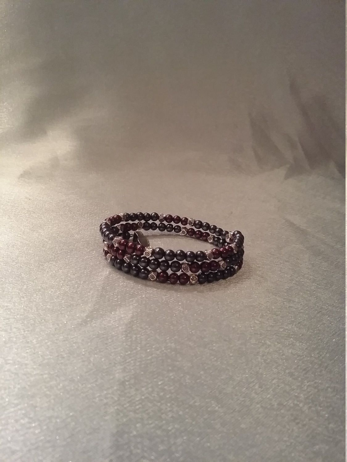 Charcoal and burgundy by Mysticdesignsbydee on Etsy