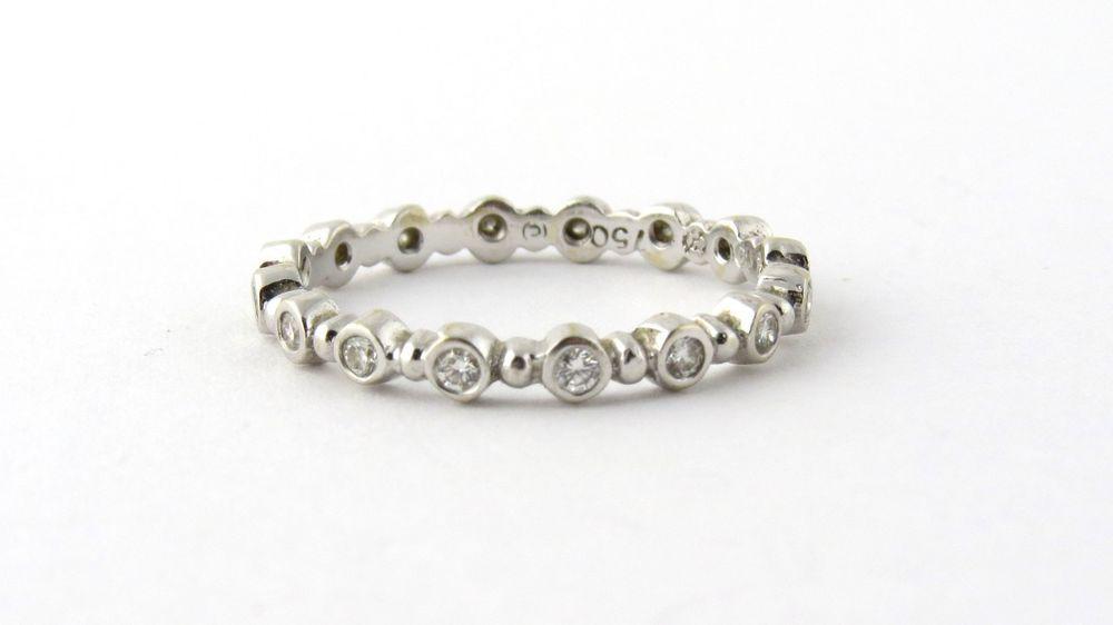 Hidalgo 18K White Gold and Diamond Band Ring Size 6.5 .32 cts. #Hidalgo #Band
