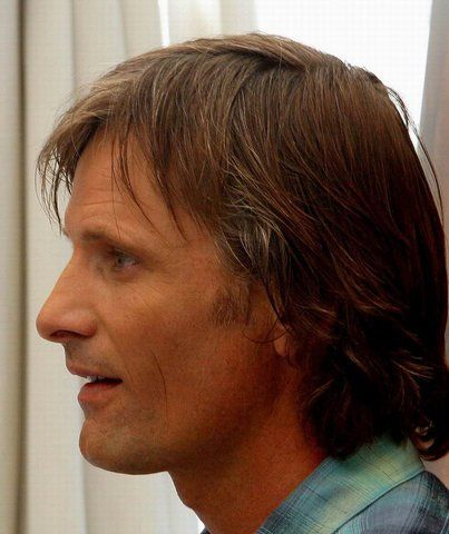Browse all of the Viggo Mortensen photos, GIFs and videos. Find just what you're looking for on Photobucket