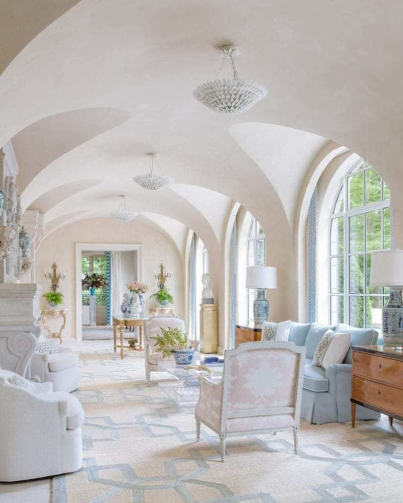 A Dallas Home With Tropical Parisian Flair The Glam Pad Beautiful Houses Interior Luxe Interiors Beautiful Homes