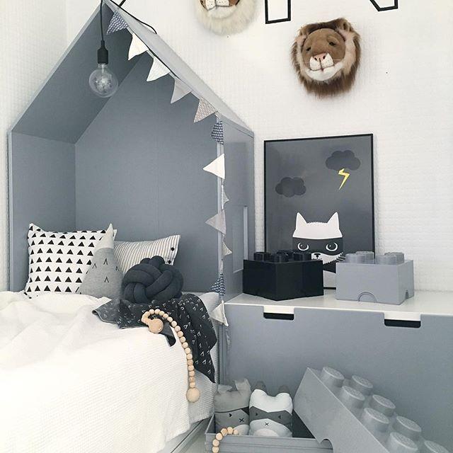 Picture by: @nr13b ✨ ••••••••••••••••••••••••••••••••••••••• Follow @baby_and_kidsroom_inspo for more ••••••••••••••••••••••••••••••••••••••• #interiordecoration #stylish #dreaminterior #living #beautiful #follow #love #followme #redesign #like #inredning #inredningsdetaljer #interiores #decora #instagram #decoracion #tapfordetails #interior #interiör #interiordesign #interiordecor #style #lovely #kids #cozy #barnrumsinspiration #dream #amazing #baby_and_kidsroom_inspo