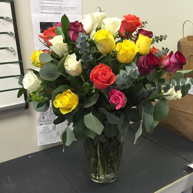 Gorgeous 3 Dozen Roses Going Out Today Rosie Did A Great Job Florist Flowers Roses Delivery Princeton Nj Y Morning Flowers Floral Arrangements Flowers