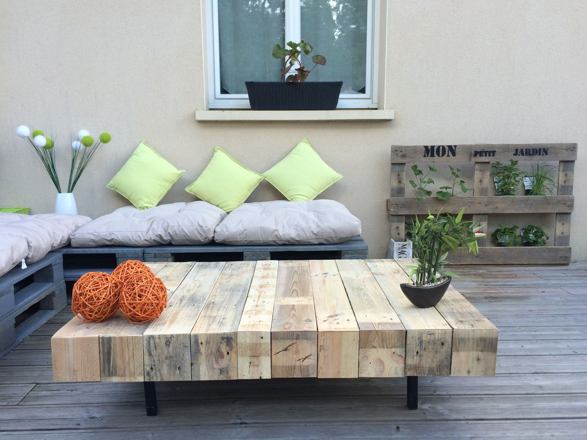 Awesome table de jardin fabrication maison contemporary - Table basse fabrication maison ...