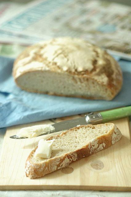 Bread with natural yeast-part I Un post che mi ha cambiato la vita! Pane cotto in padella Twin Grazie Sandra!