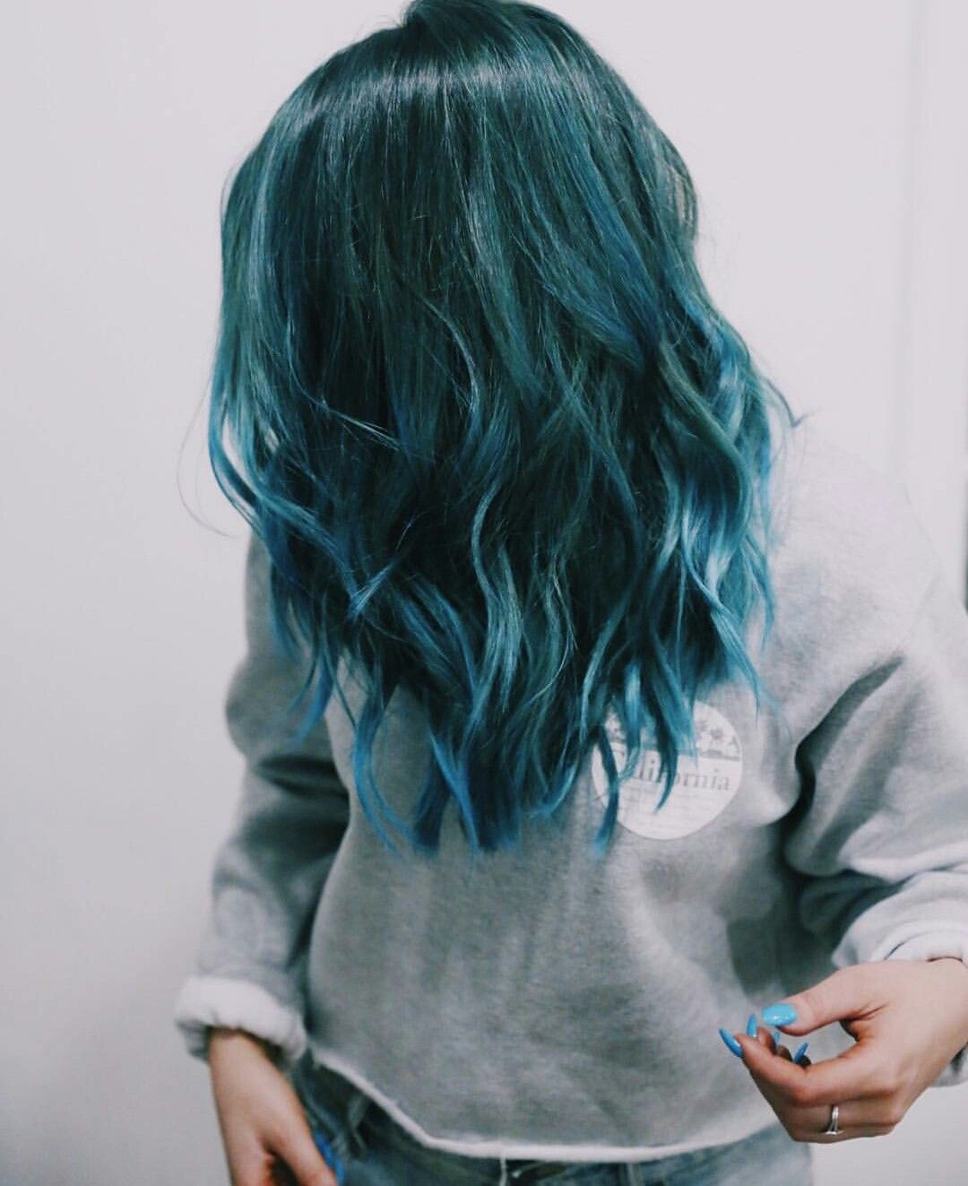 Love Niki S Hair Hair Dye Shades Teal Hair Dye Hair Styles