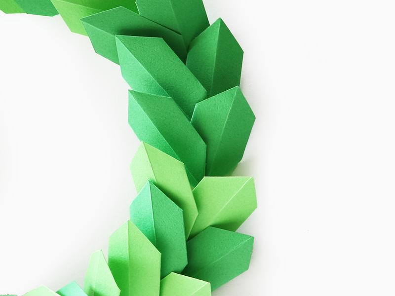 인테리어 소품 크리스마스 리스 종이접기로 쉽게 만들기 네이버 블로그 종이 꽃 벽 크리스마스 리스 종이꽃