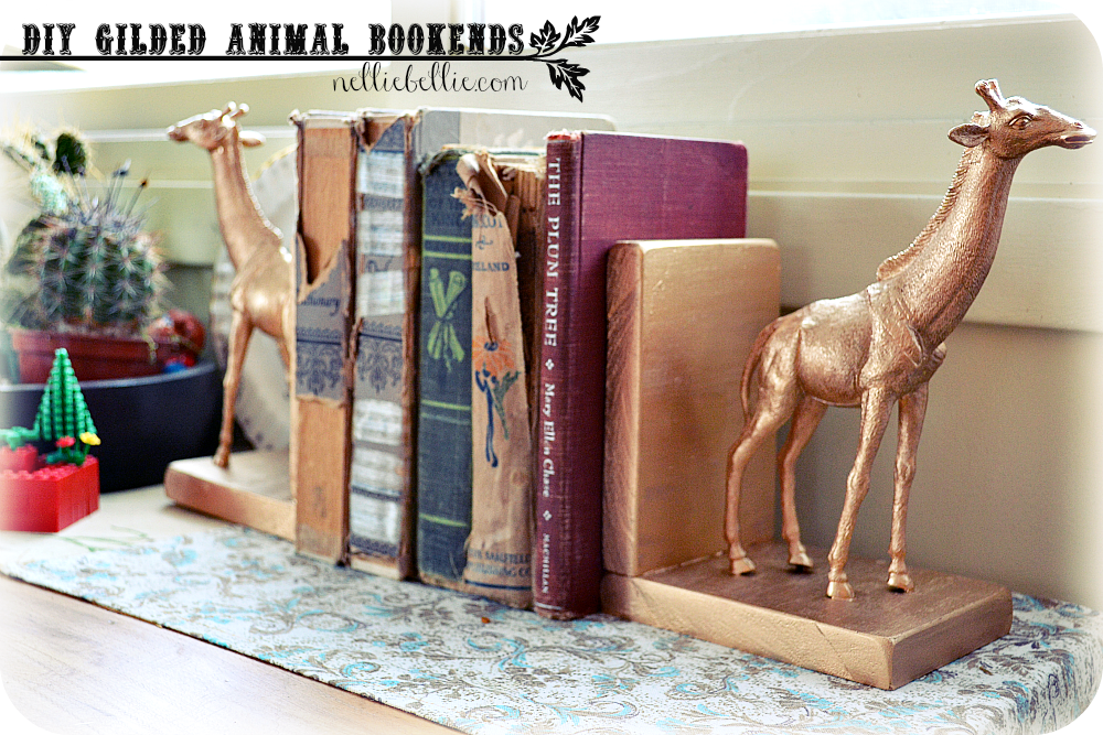 NellieBellie: gilded animal bookends. A simple DIY with blocks of wood, dollar store animals, and gilding.
