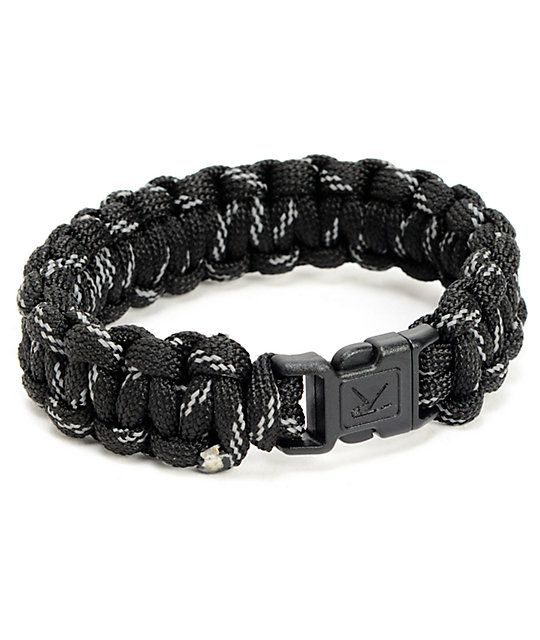 Perfect for an emergency when you need cordage the Rothco Paracord black reflective bracelet offers style that saves. Be sensible and stylish with the black and reflective colorway bracelet made from soft and flexible 7 strand polyester Paracord material