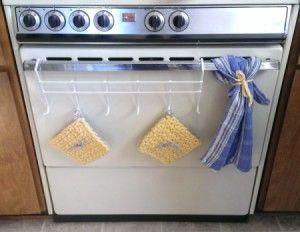 Hang Hot Pads On Oven Door Handle Hot Pads Door Handles Over The Door Hooks