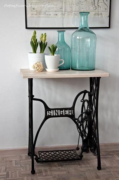 Dining Room Home Decor Singer Sewing Machine Old
