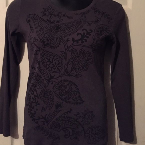 Lucy Top Cute and in great condition Lucy Tops Tees - Long Sleeve