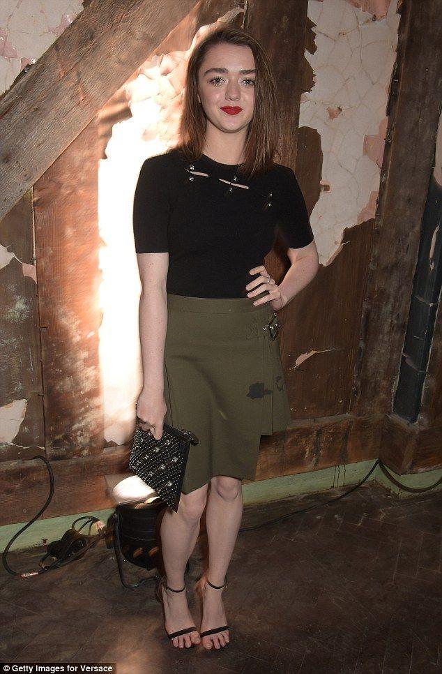 Pin On Maisie Williams