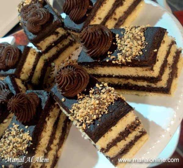 جاتوه الشوكولاتة Cake Manalalalem Desserts Amazing Cakes Food
