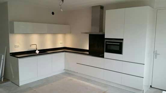 L vorm keuken idee n keuken pinterest kitchens kitchenette and interiors - Open keukenglas ...