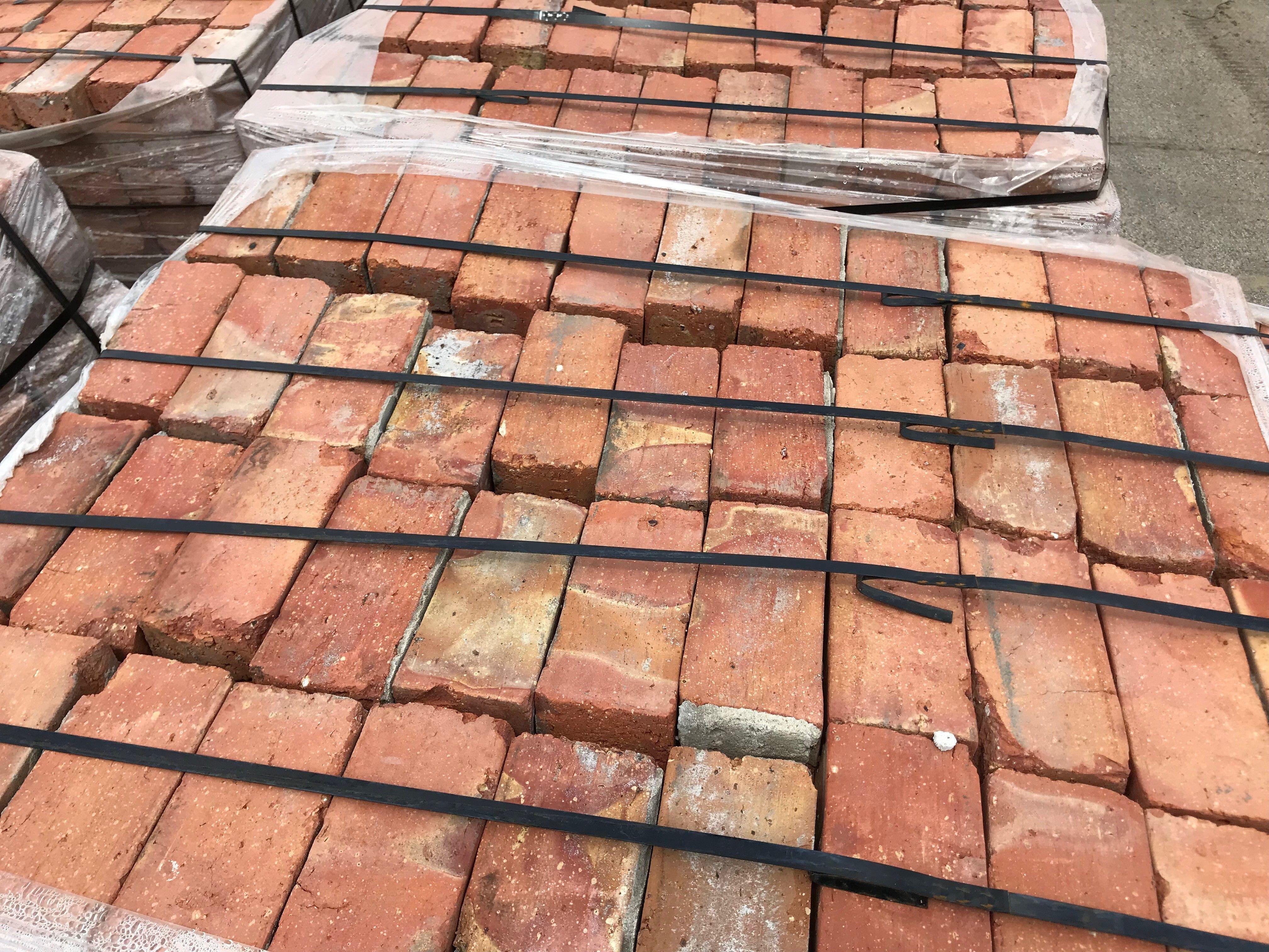 Reclaimed Chicago Common Brick Paving Grade Pallet F O B Miami Freight Terminal Brick Paving Reclaimed Brick Antique Brick