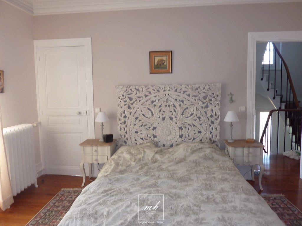 dans un style l g rement boh me la chambre parentale d cor e par tiphanie reste dans des tons. Black Bedroom Furniture Sets. Home Design Ideas