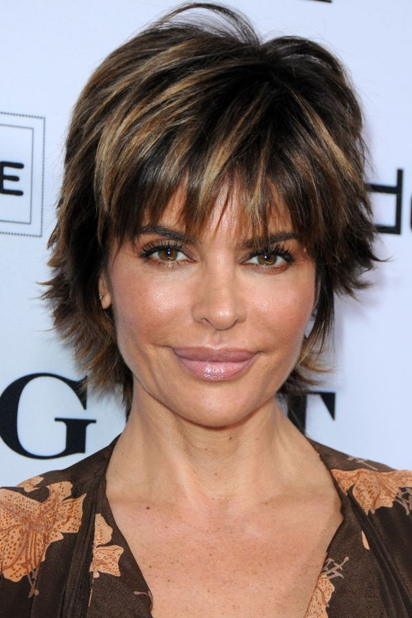 6d672db659f3ef9f93d7bb373742d278 Jpg 600 900 Short Hair Styles Lisa Rinna Haircut Shaggy Short Hair