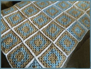 Crochet Patterns for the beginner or the advanced: Modern Traditional Granny Square Blanket
