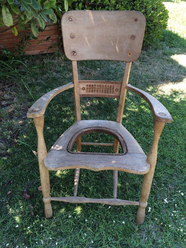 Repurposed Chair to Garden Planter Garden planters, Repurposed and