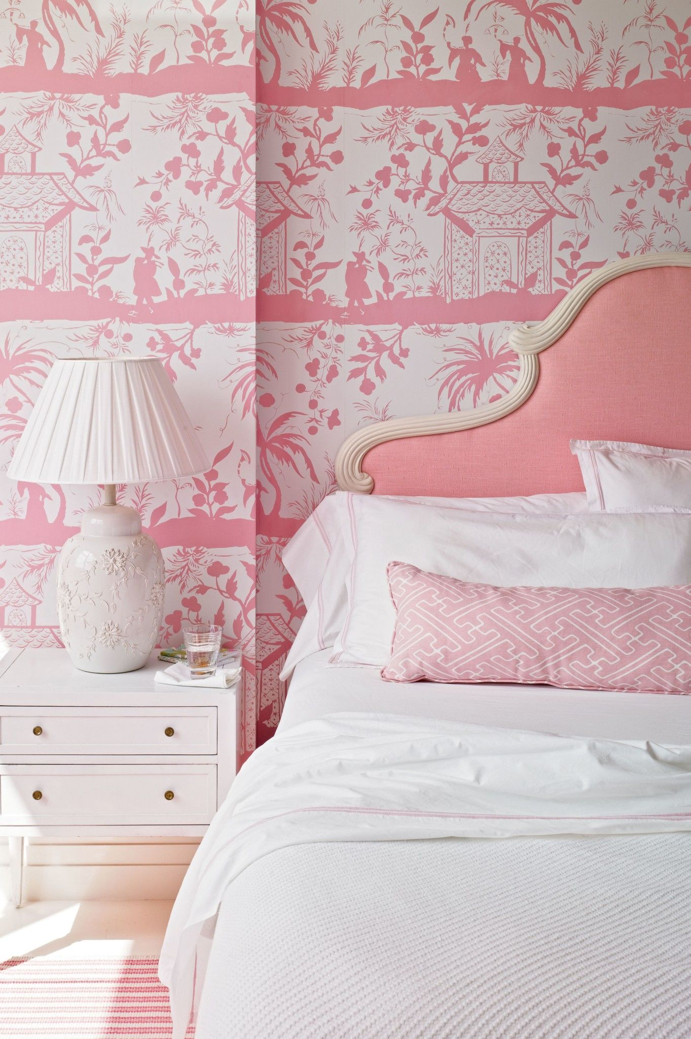 A Chic Pink Bedroom