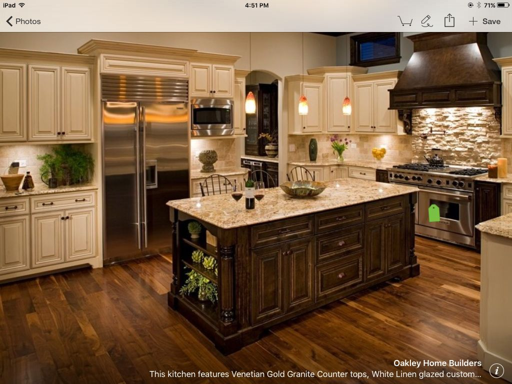 Warm kitchen cabinet colours, oven backsplash** houzz | Vineland ...