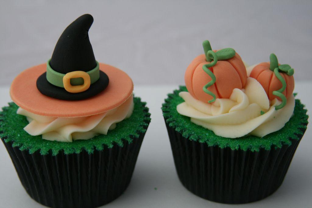 Seasonal Cake Ideas Cupcakes  Mini Cakes Pinterest Mini cakes - how to decorate cupcakes for halloween