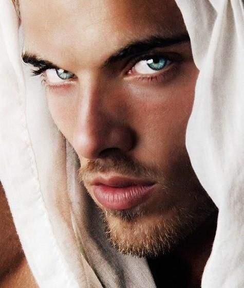 Gorgeous Eyes-Would Jesus Have Looked Like This