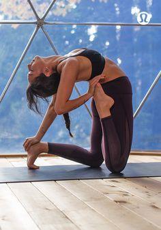 Let your body breathe in lightweight, technical lululemon yoga gear. #yogaypilates