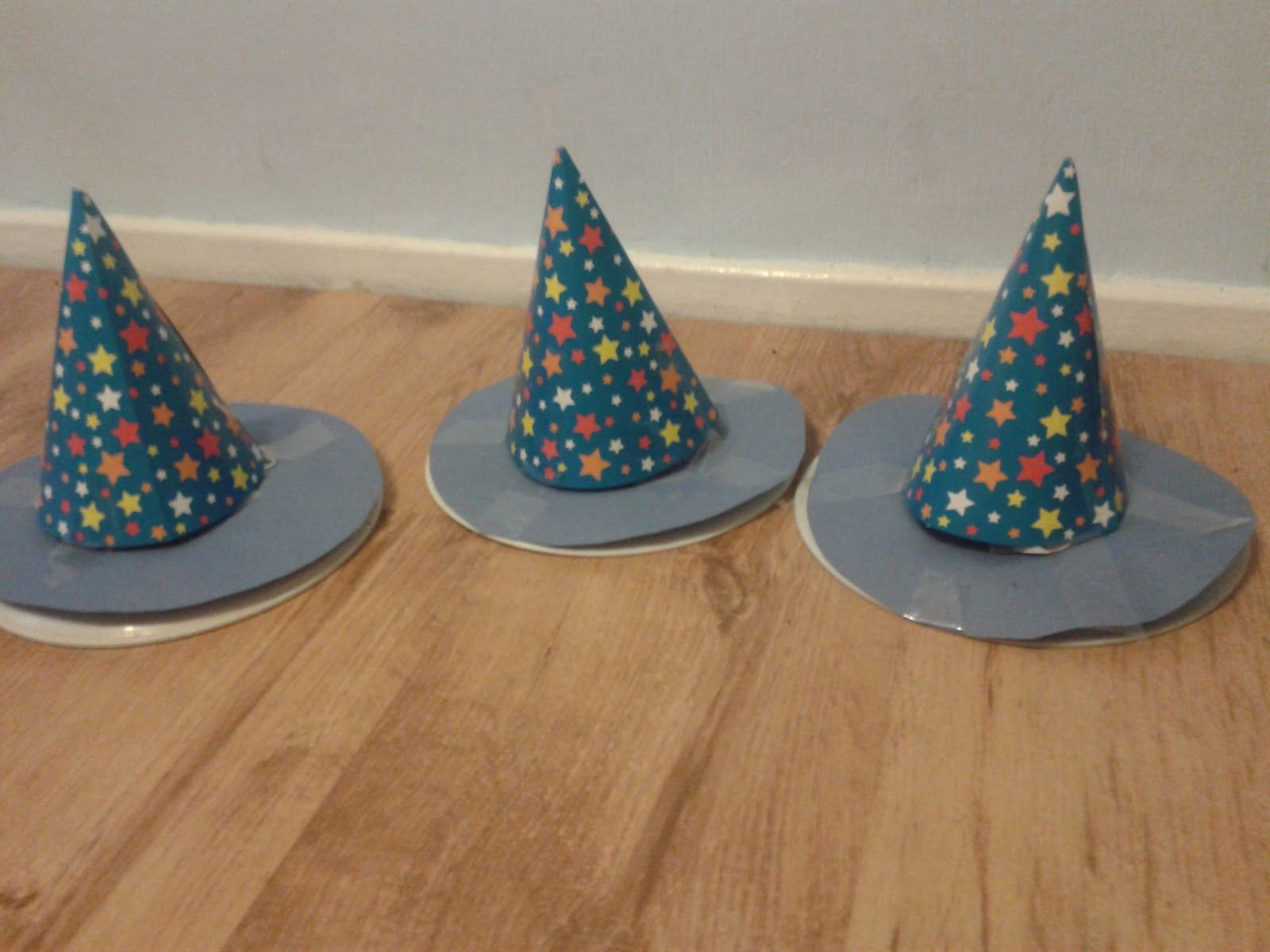 Childrens Crafts Witches Hat Ring Toss Game