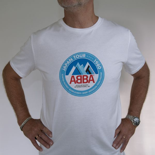 a55b7e0f4571 T-SHIRT ABBA JAPAN TOUR | Christmas list | Shirts, T shirt, Abba tour