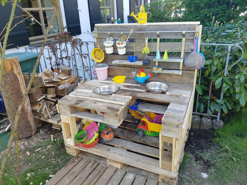 Matsch Küche Matsch Küche Pinterest Outdoor play, Garden - küche aus europaletten