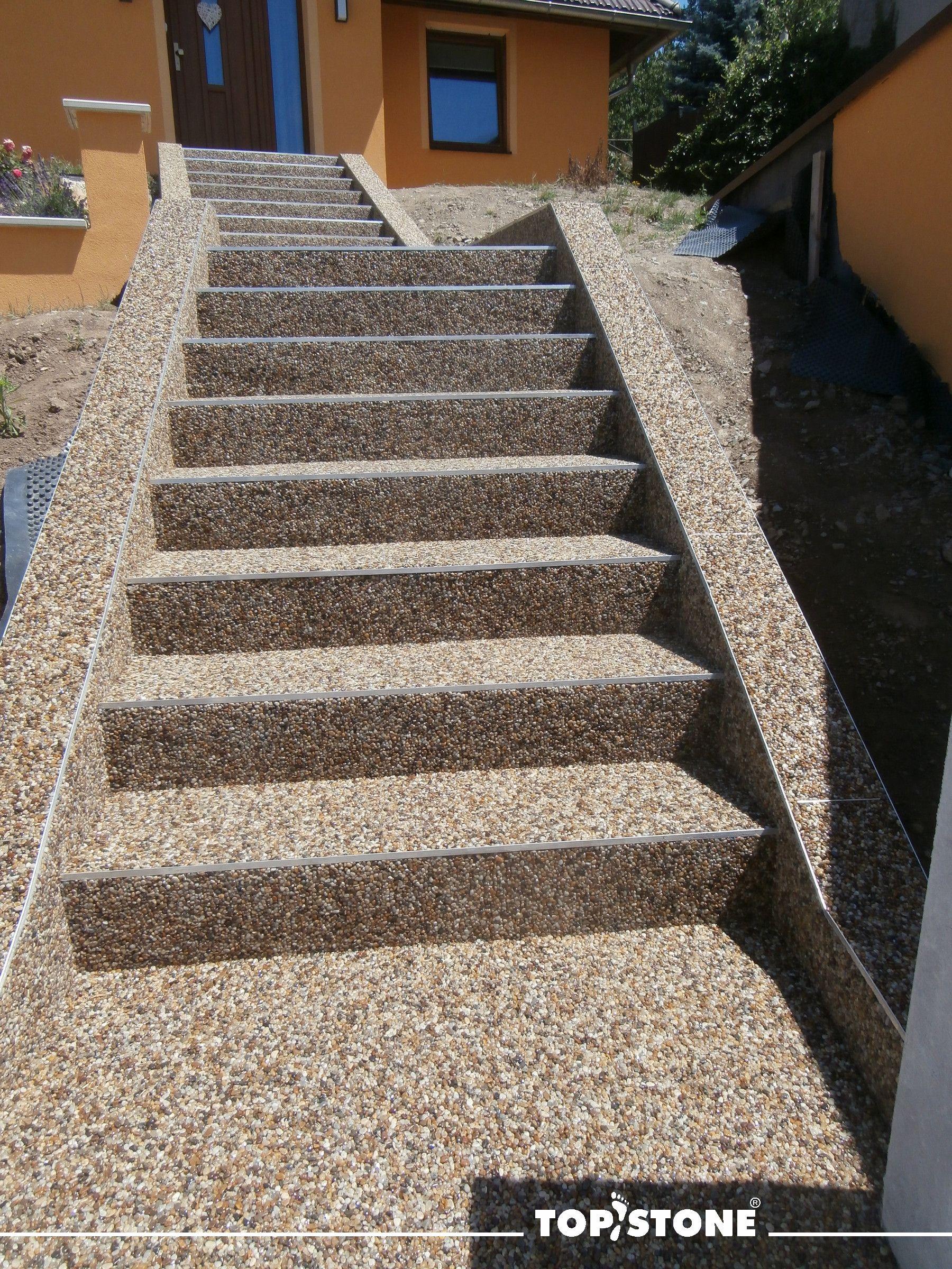 Schody Do Raje Si Nechali Zrealizovat Nasi Zakaznici Na Olomoucku Z Ricniho Kaminku Kreta Prejeme S Concrete Stairs Concrete Steps Stone Walls Interior
