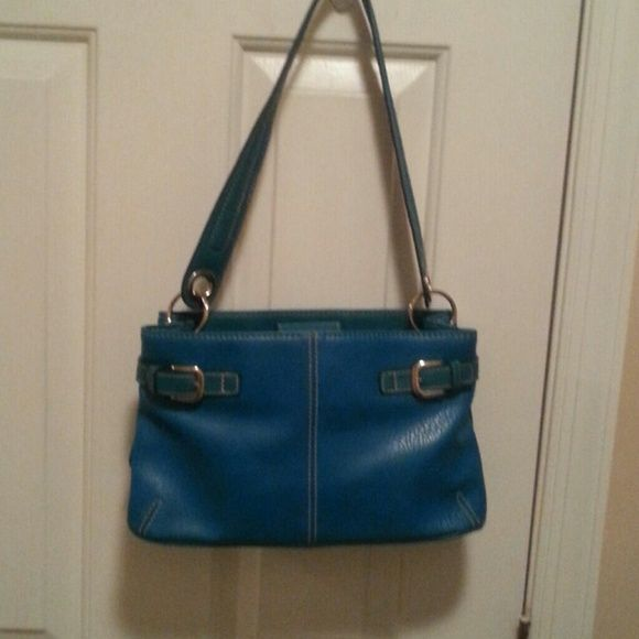 TOMMY HILFIGER TURQUOISE HANDBAG Excellent Condition.  Beautiful Color. Tommy Hilfiger Bags