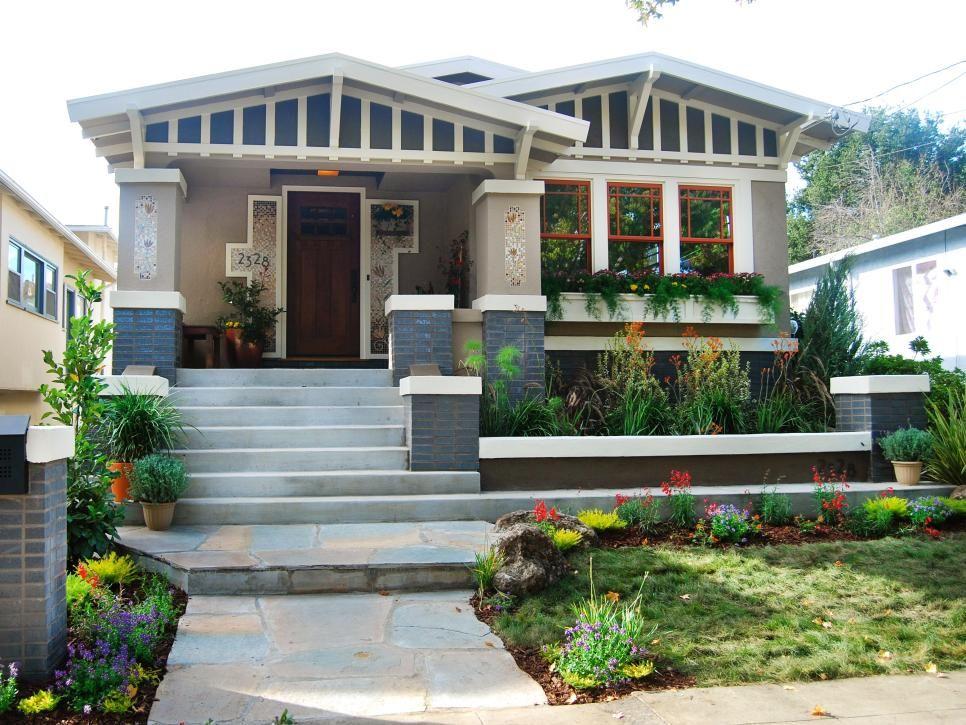 Craftsman House Front Yard