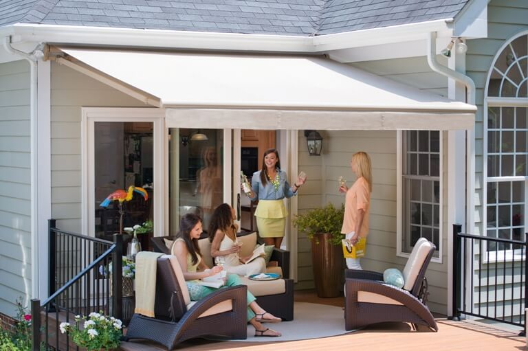 Creating a Happy Space in your Backyard | Retractable ...