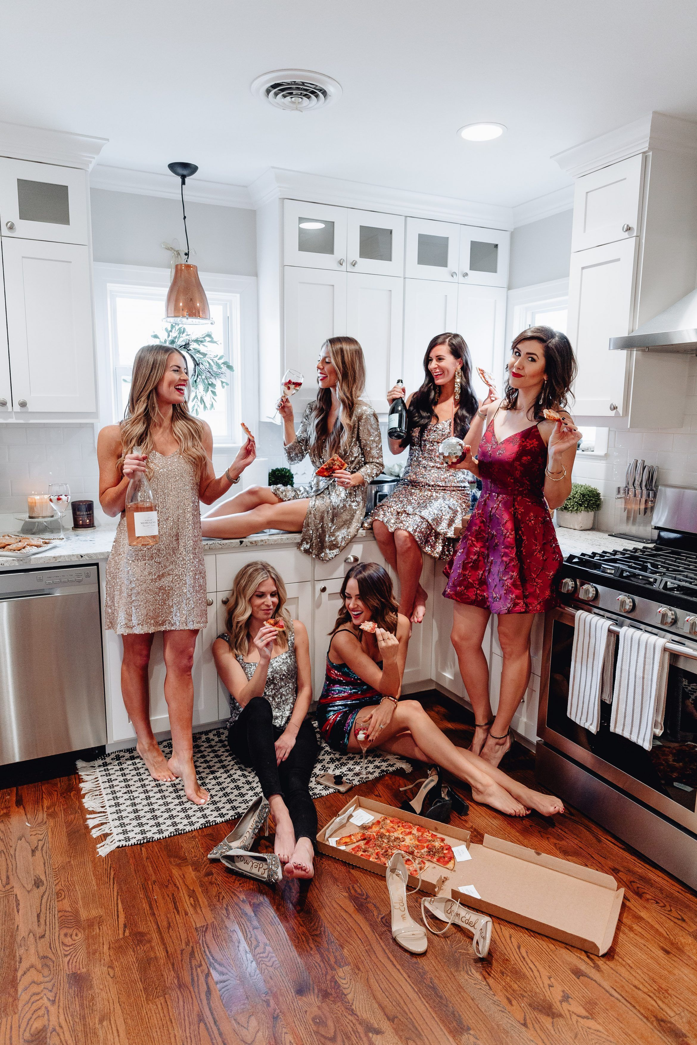 The Ultimate New Years Eve Guide - in 2020 | Girls night ...