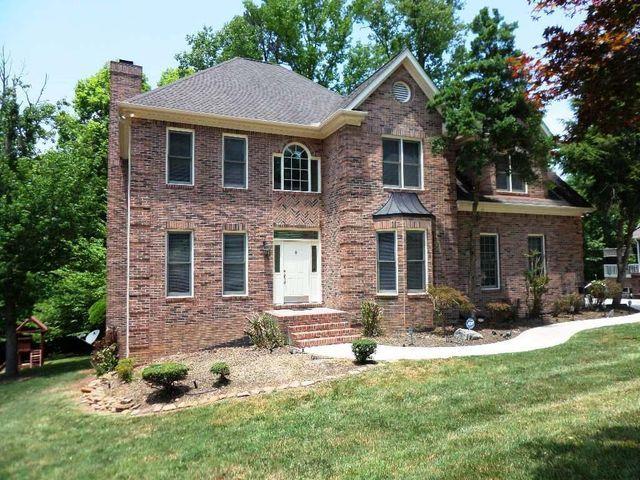 38 Palisades Pkwy, Oak Ridge, TN 37830 House styles, Oak