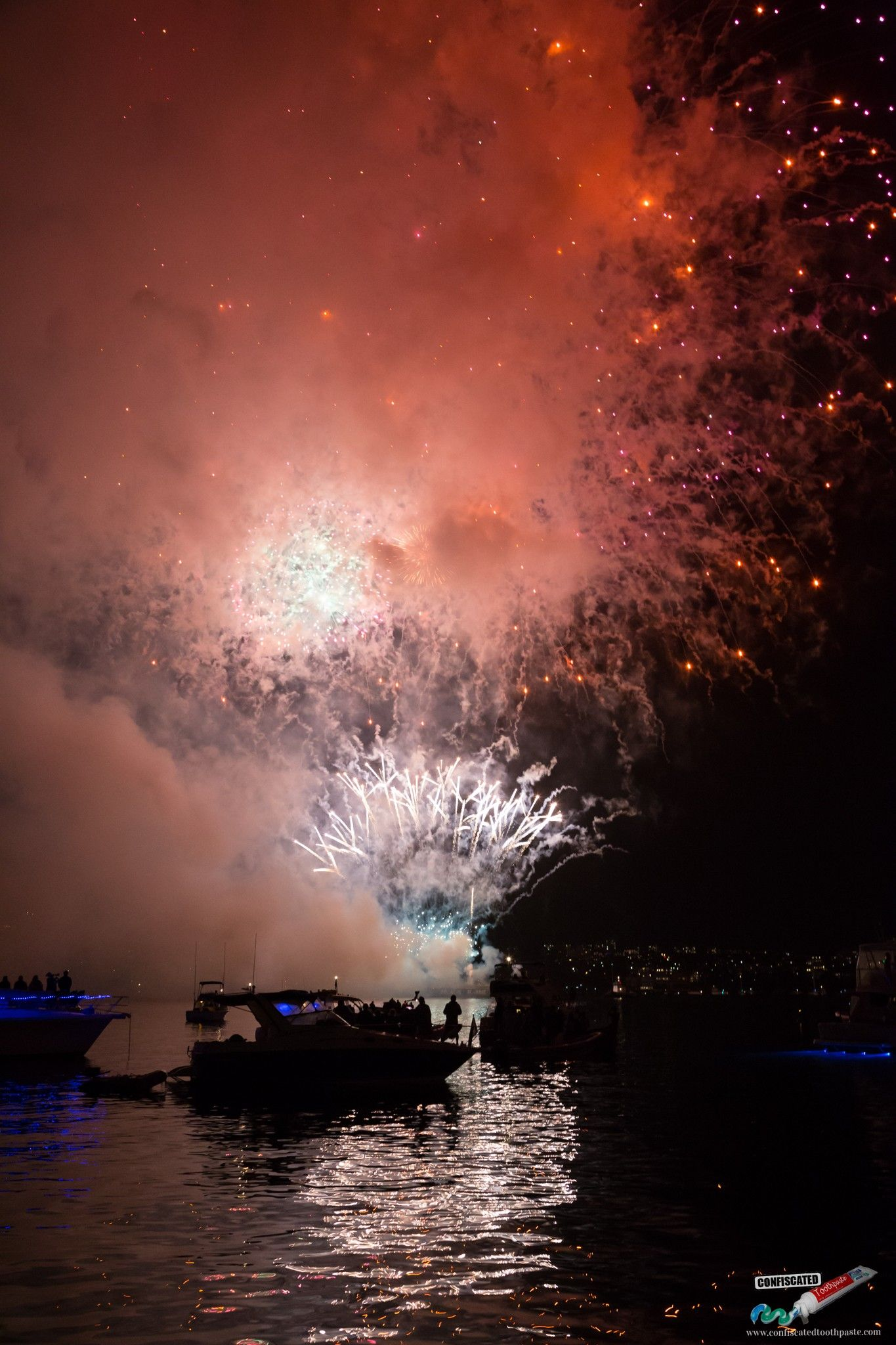 Sydney Harbour New Year's Eve Fireworks Photos (With