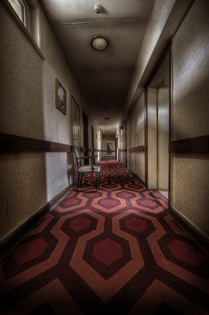 Dead silence tv shows and film set design pinterest for Overlook hotel decor