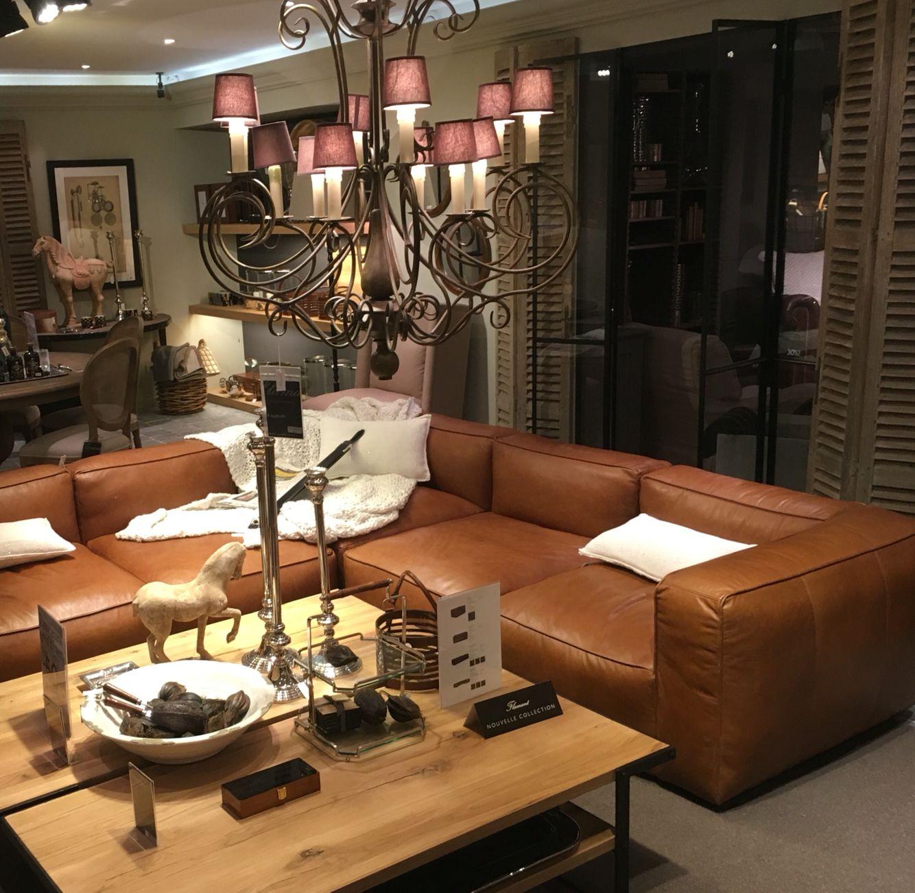 espace flamant s jour canap cuir et luminaire espace maison pinterest. Black Bedroom Furniture Sets. Home Design Ideas