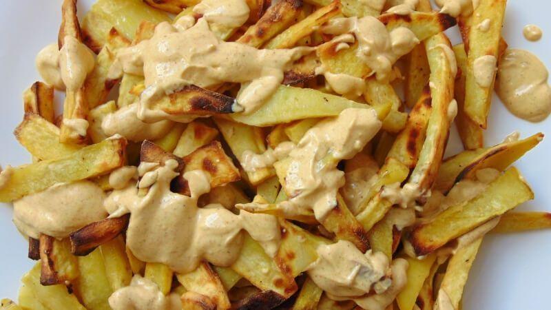 Patatas al horno con salsa de curry   Receta de Tasty details Gallery