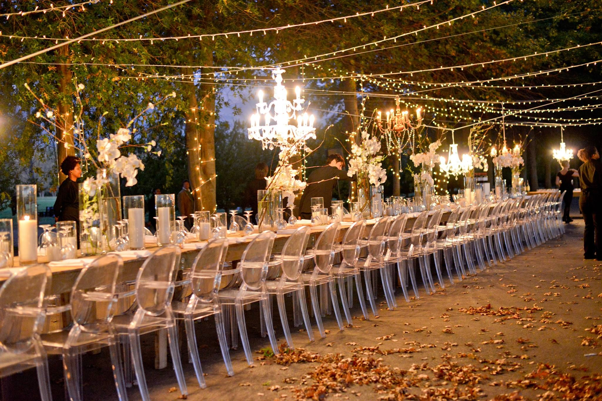 Wedding decor with ghost chairs  Pin by lea Engelbrecht on Wedding idees vintage  Pinterest  Wedding