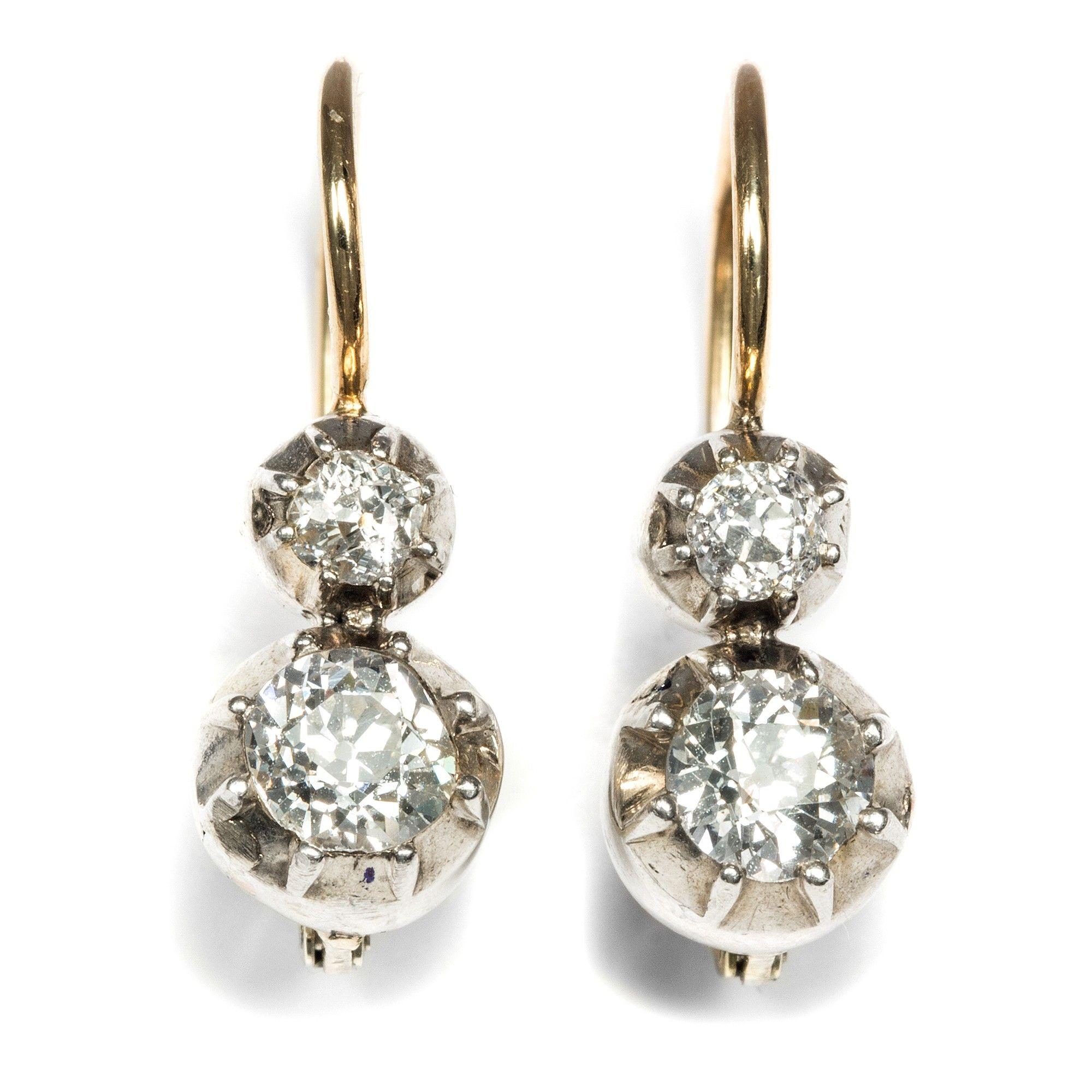 Antikschmuck  Dezente Pracht - Funkelnde Altschliff Diamant-Ohrringe in Silber ...