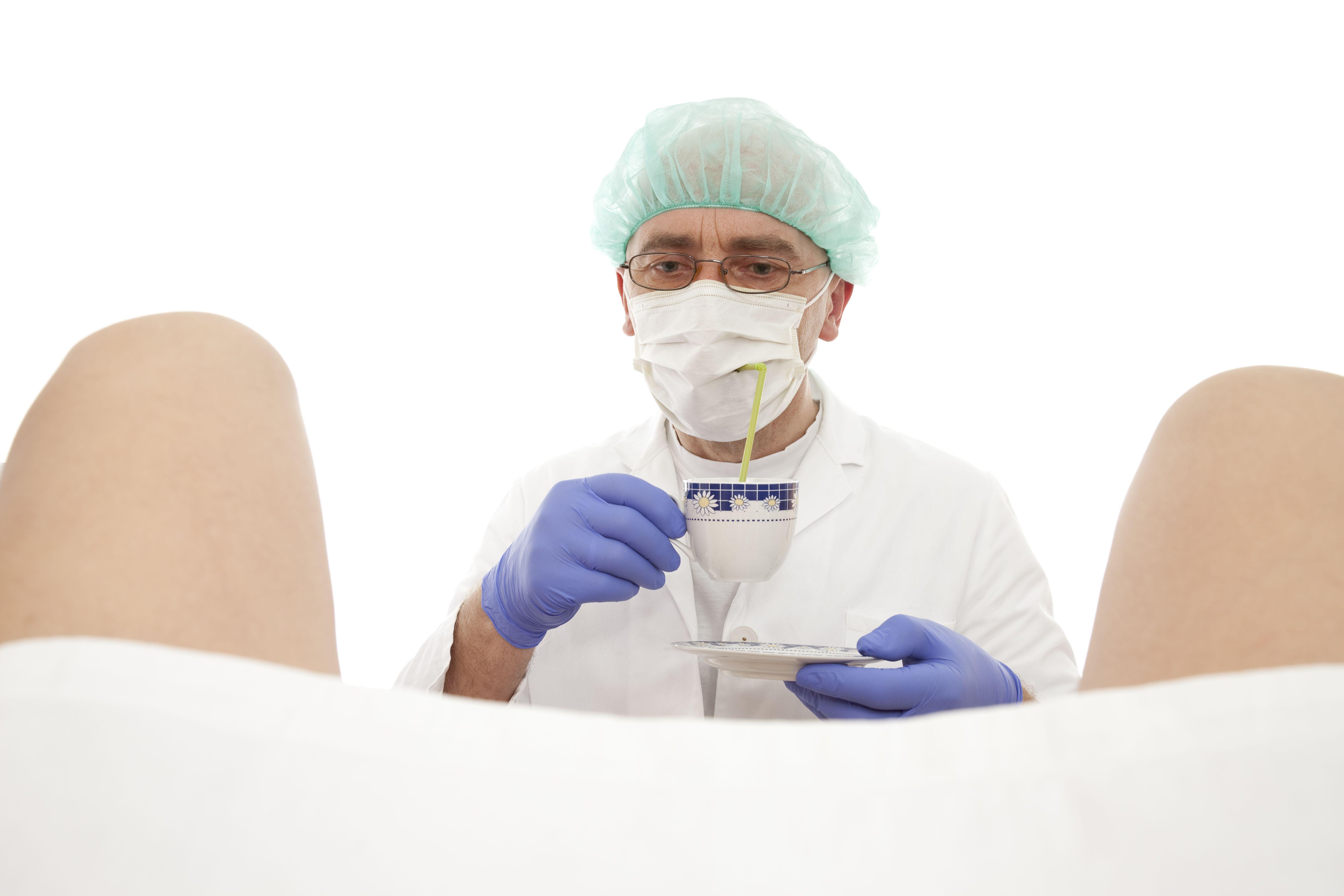 Explorando la Maternidad - Señales para detectar si estás ante un ginecólogo poco respetuoso