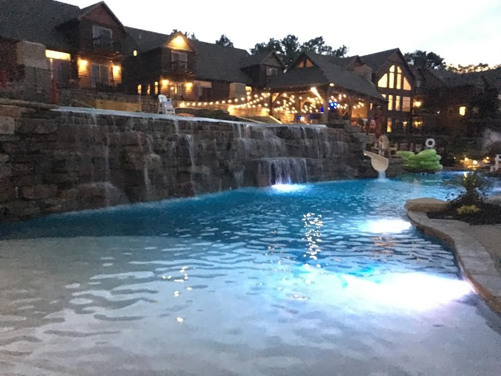 Lodge Vacation Rental In Branson Missouri United States Of America From Vrbo Com Vacation Rental Travel Vrbo River Vacation