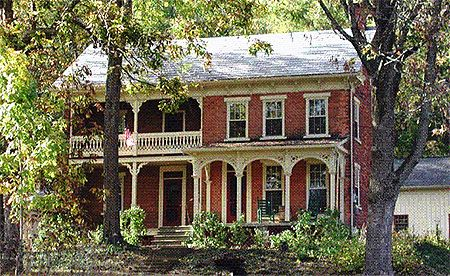 victorian farmhouses
