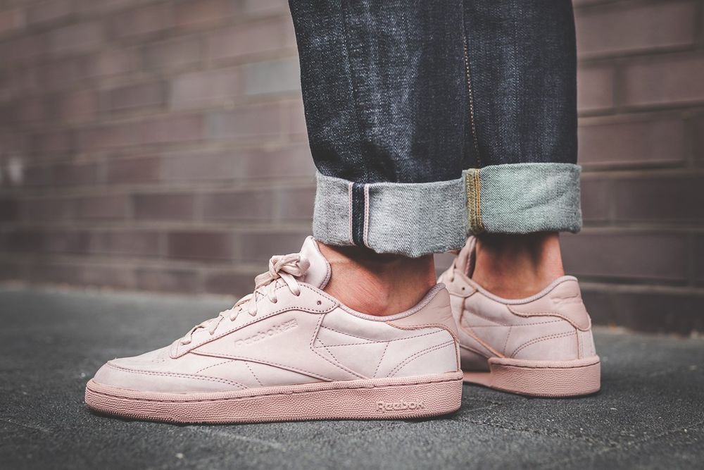 0a15e56319a6fe REEBOK CLUB C 85 RS SHELL PINK   GOLD SNEAKERS IN ALL SIZES  Reebok ...